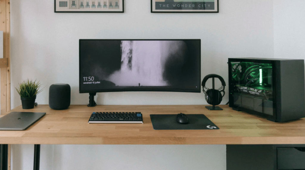 Best Ultrawide Monitor in India for Gaming and Work